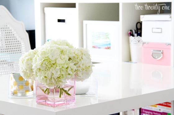 white-hydrangeas-in-pink-vase